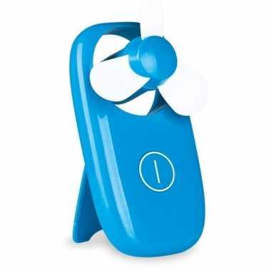 Blauwe hand ventilator