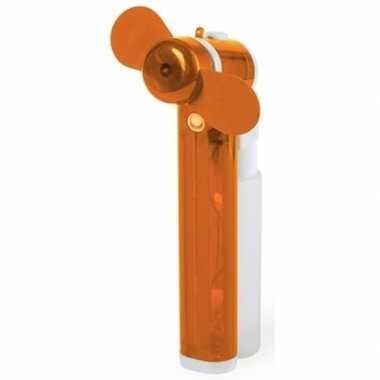 Oranje hand ventilator met water verdamper