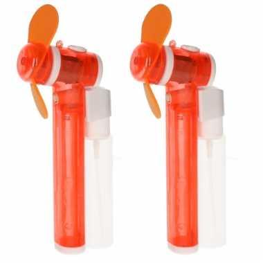 Set van 2x stuks oranje hand ventilators met water verdamper 16 cm